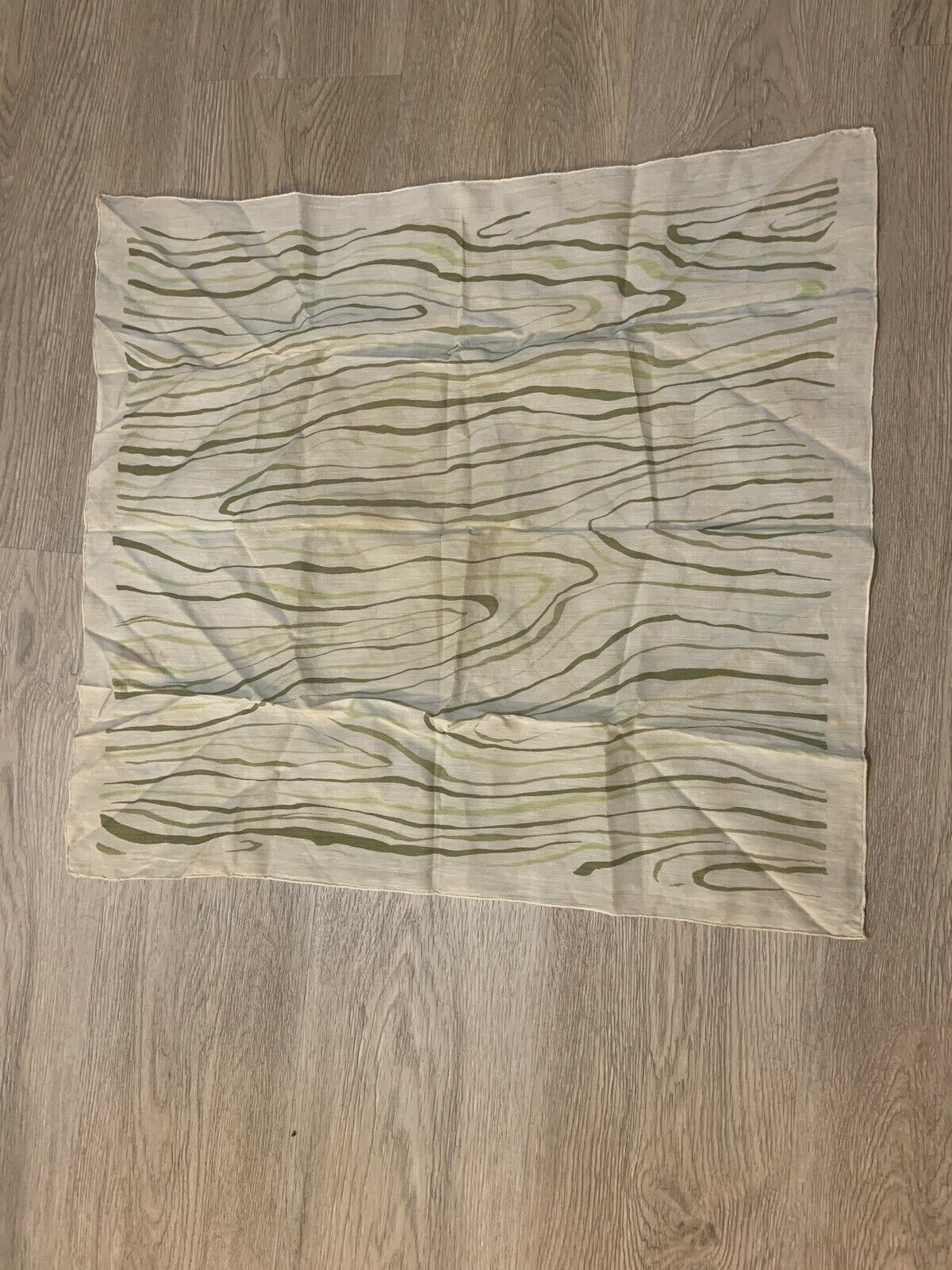 1940's Silk Scarf Greens Wood Grain Print VINTAGE - image 2
