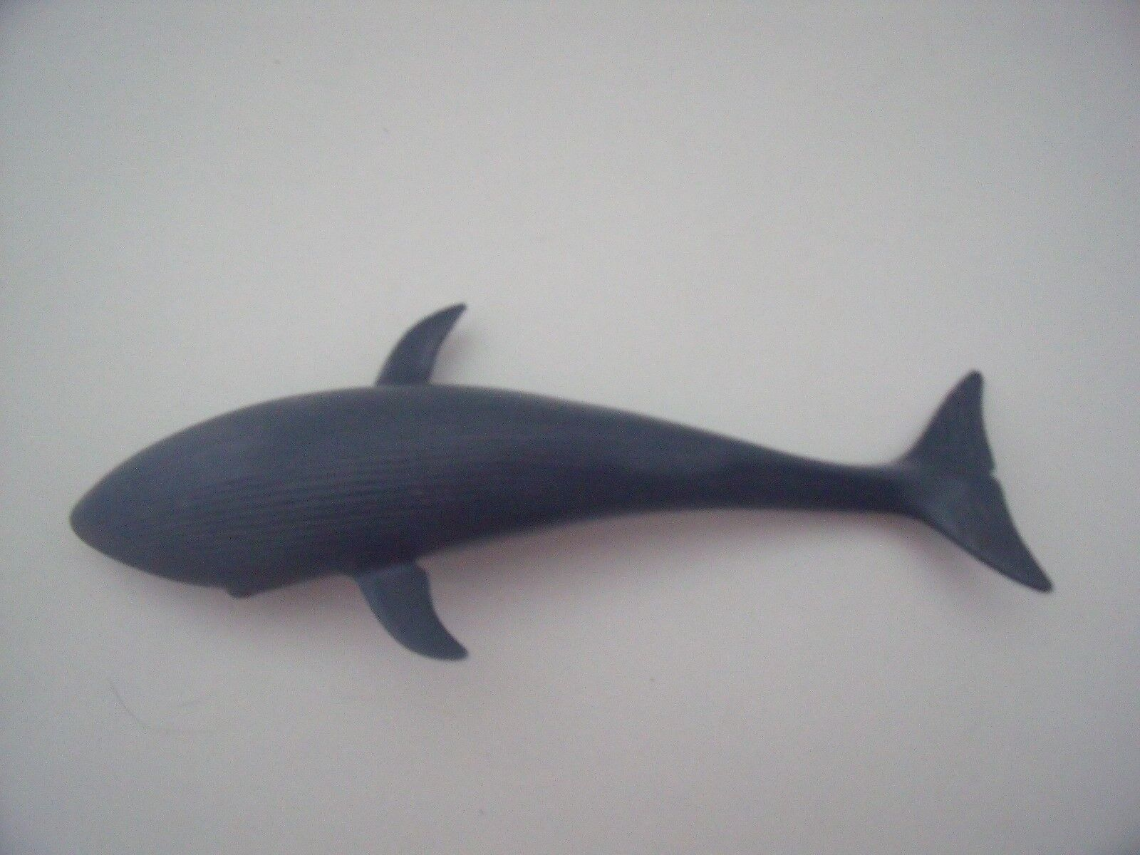 BRITISH MUSEUM blueE WHALE FIGURE     APPROX   7  LONG    INVICTA LTD