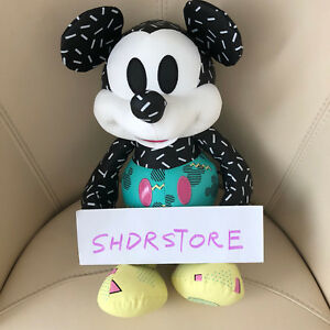 NWT-Mickey-Mouse-Memories-September-Plush-Disney-Store-authentic-Limited-Edition