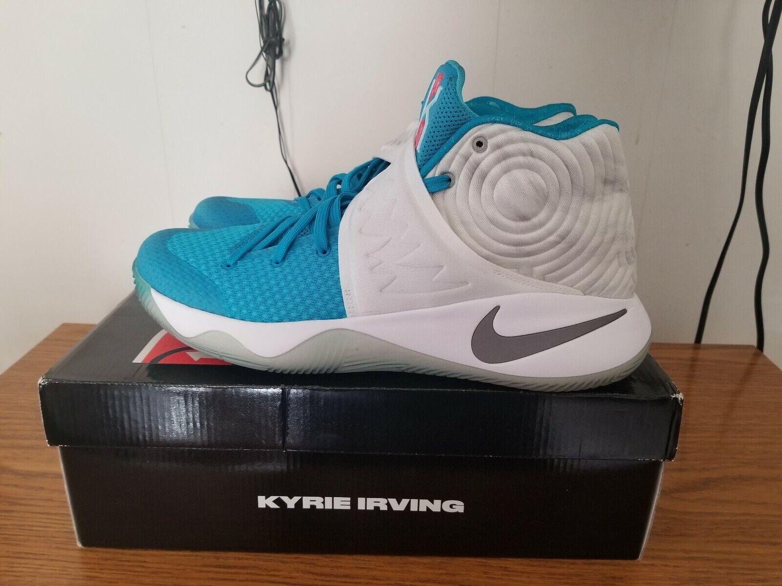 Nike Kyrie 2 Christmas Size 12