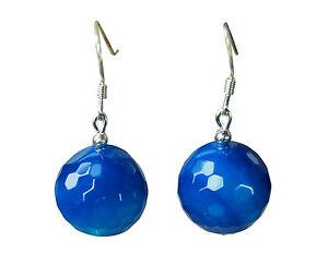 Wunderschöne Ohrringe aus blauem Achat in facettierter Kugelform D-14 mm