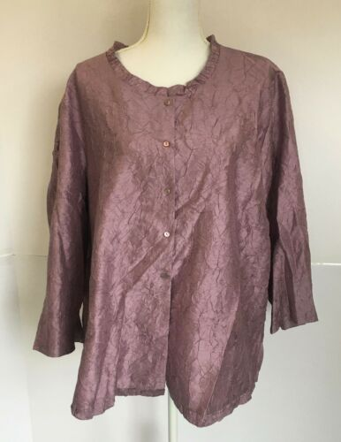 EILEEN FISHER  lavender silk blouse with 3/4 sleev