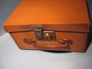 Antiker Koffer,Transportkoffer 1930.Jahre aus Wasserfest genäht-Old decora