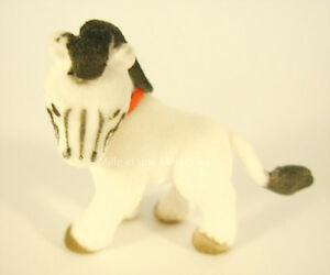 ZIG-Le-Zebre-sa-carte-Figurine-Puppy-in-my-Pocket-Serie-2