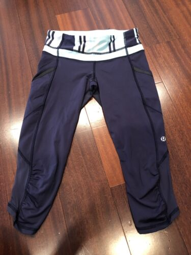 Lululemon Navy Blue Capri Leggings Size 4