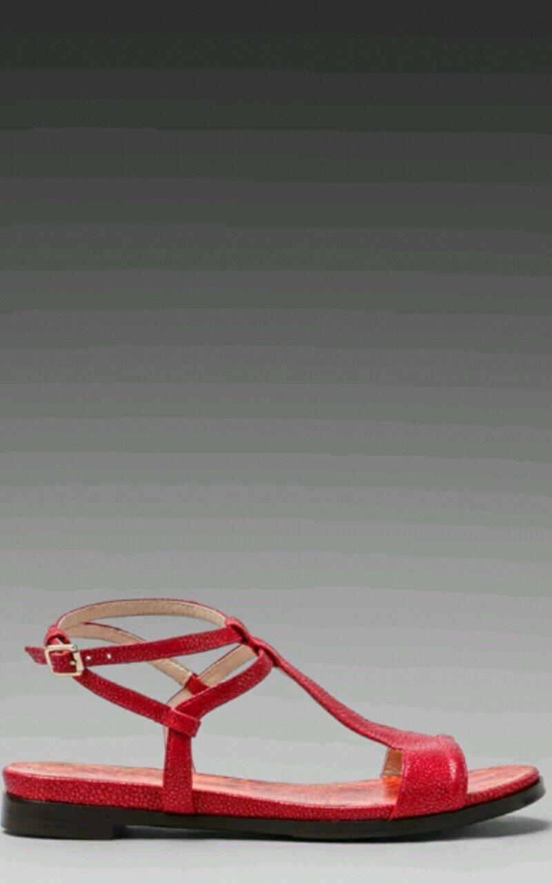Juicy Couture T Strap Sandals rosa Cedar Flat Embossed Leather  Sz 6 GORGEOUS