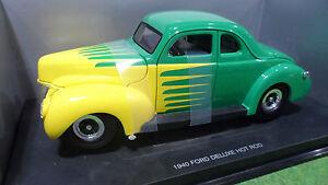 FORD-DELUXE-HOT-ROD-1940-Vert-et-Jaune-1-18-UNIVERSAL-HOBBIES-voiture-miniature