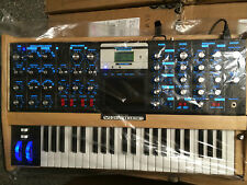 Moog Minimoog Voyager Sellect Maple Edition Electric Blue Analog Synth V3/ARMENS