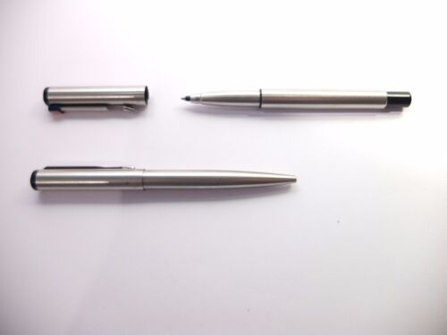 JOB LOT 2 PARKER BALLPOINT PENS SILVER AND BLACK