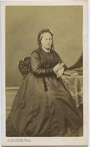 Eug. Ausselin Mantide Ritratto Un Donna CDV Vintage Albumina Ca 1860