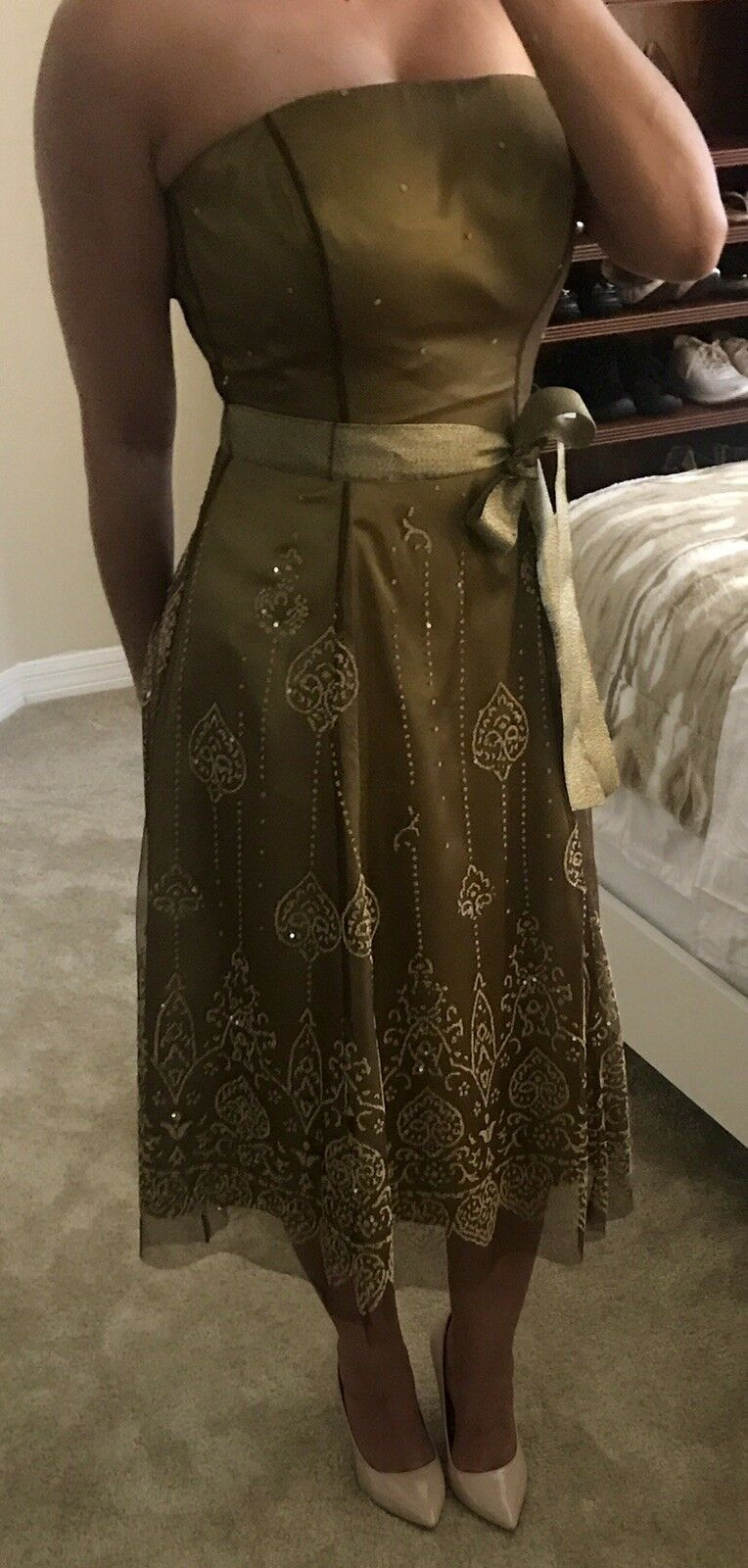 NWT Adrianna Papell Woherren Olive Grün Strapless Beaded Cocktail Dress   Größe 4