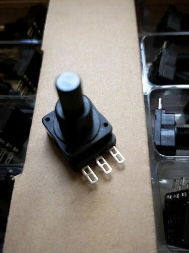 470 KOhm Potentiometer Linear Mono, Achse d6 x 10mm PIHER 5 x Poti