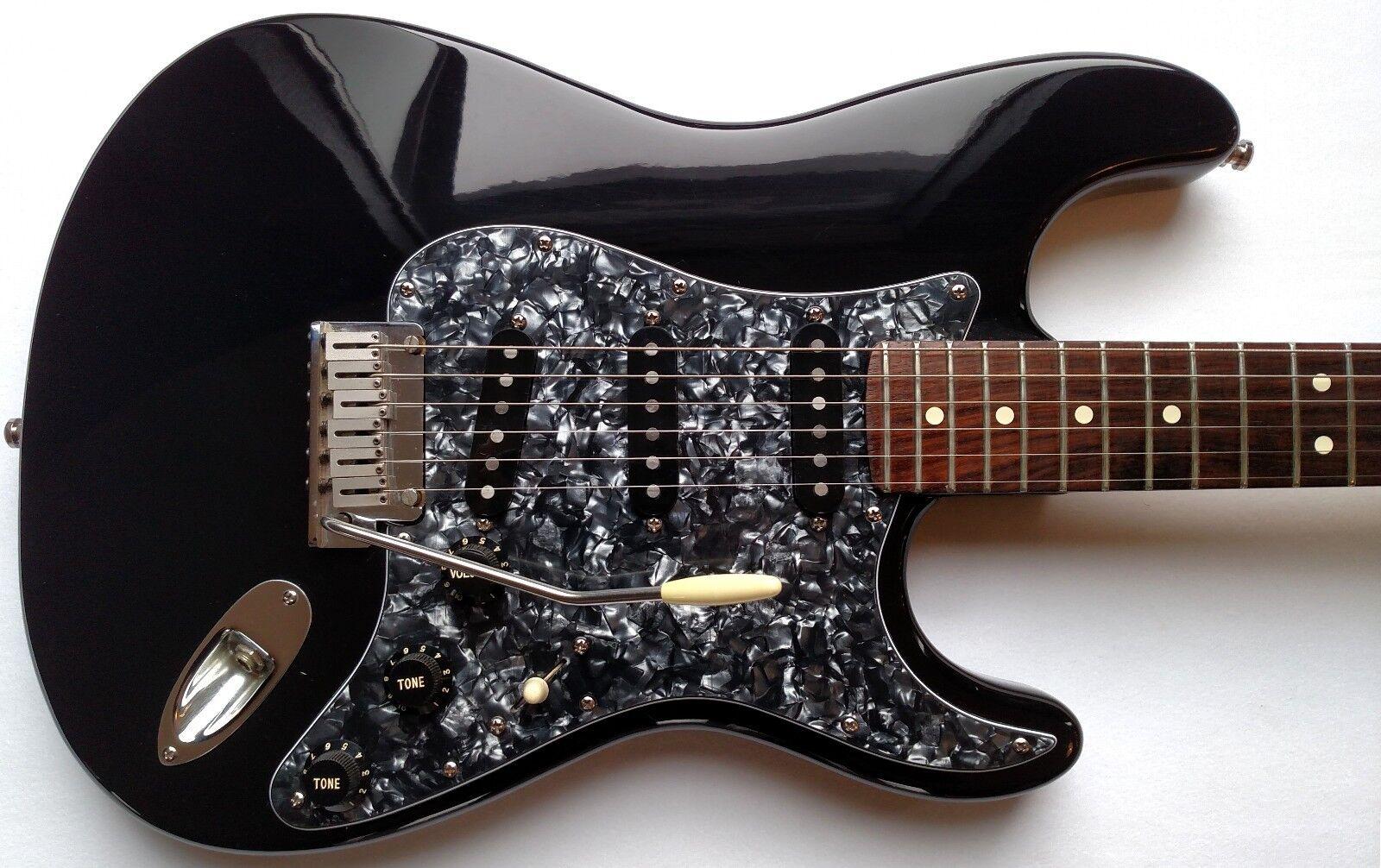 Fender American Standard Stratocaster E-Gitarre 1993 USA Schwarz W   Hsc