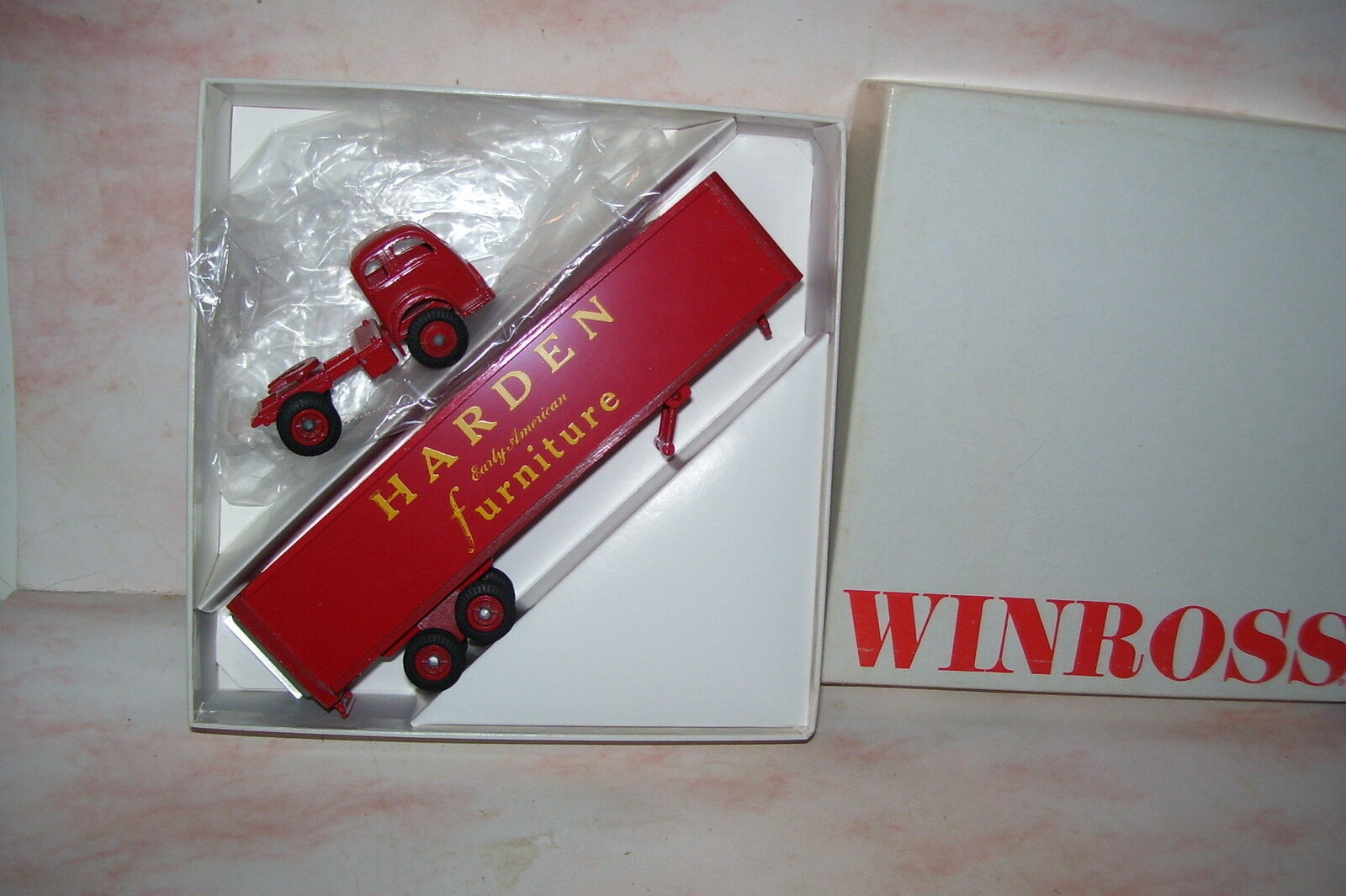 1969 Harden Early American Furniture WINROSS Diecast camion