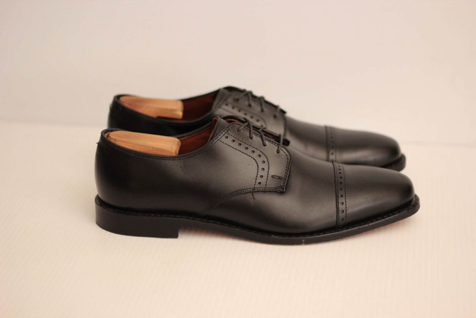 Allen Edmonds 'Clifton' Blucher Cap Toe Oxford - nero - 11 D  (W89)