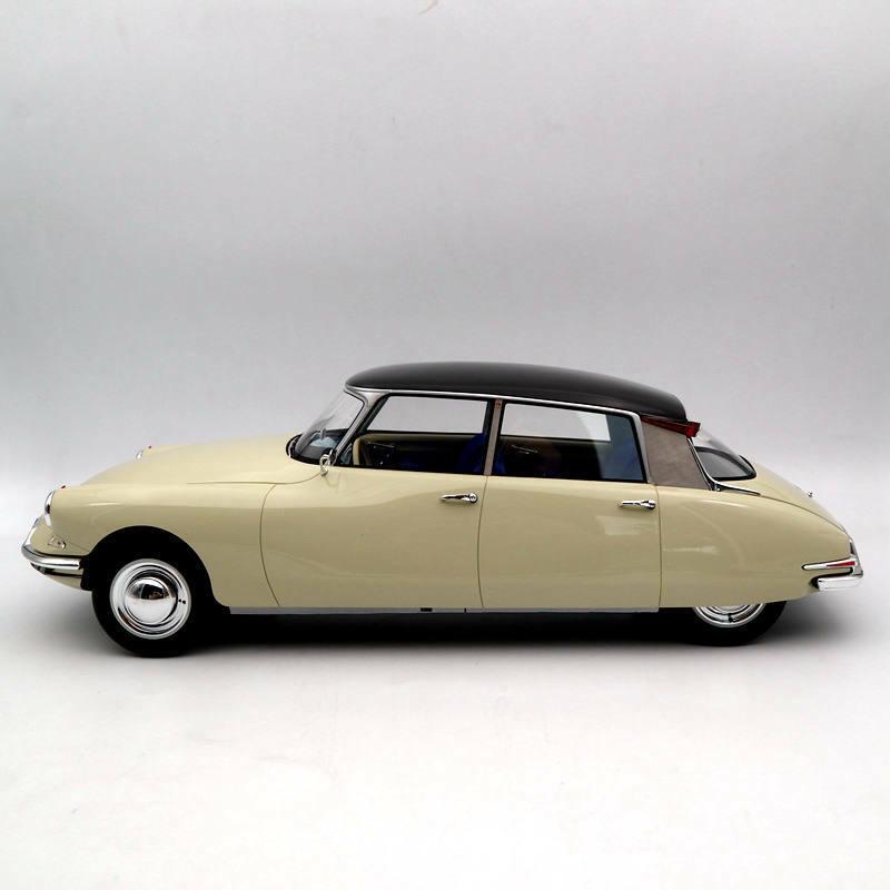 Premium Classixxs 40045 Citroën DS 19 tipo I 1955 Color Beige Claro Ciruela Oscuro 1 12