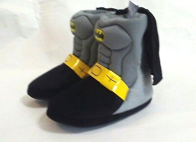 Batman Toddler Boy/'s Black Boot Slippers w// Cape House Shoes NWT 5//6,7//8,9//10