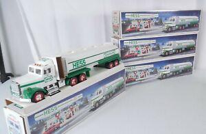 Hess 1990  Tanker Trucks,4 pcs Lights Sound