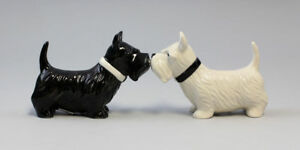 9976031-Salt-Pepper-Shaker-Scottish-Terrier-Dog-Ceramics-H8cm