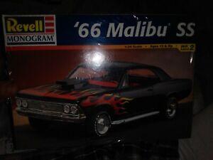 Revell Monogram 1966 Malibu SS 1:24 Model Kit #85-2219 Model Kit