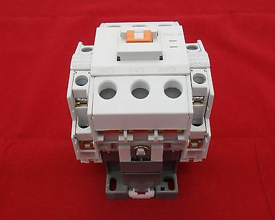 1pc New FITS 3TF43 22 AC CONTACTOR 22A COIL 110V AC 50//60HZ