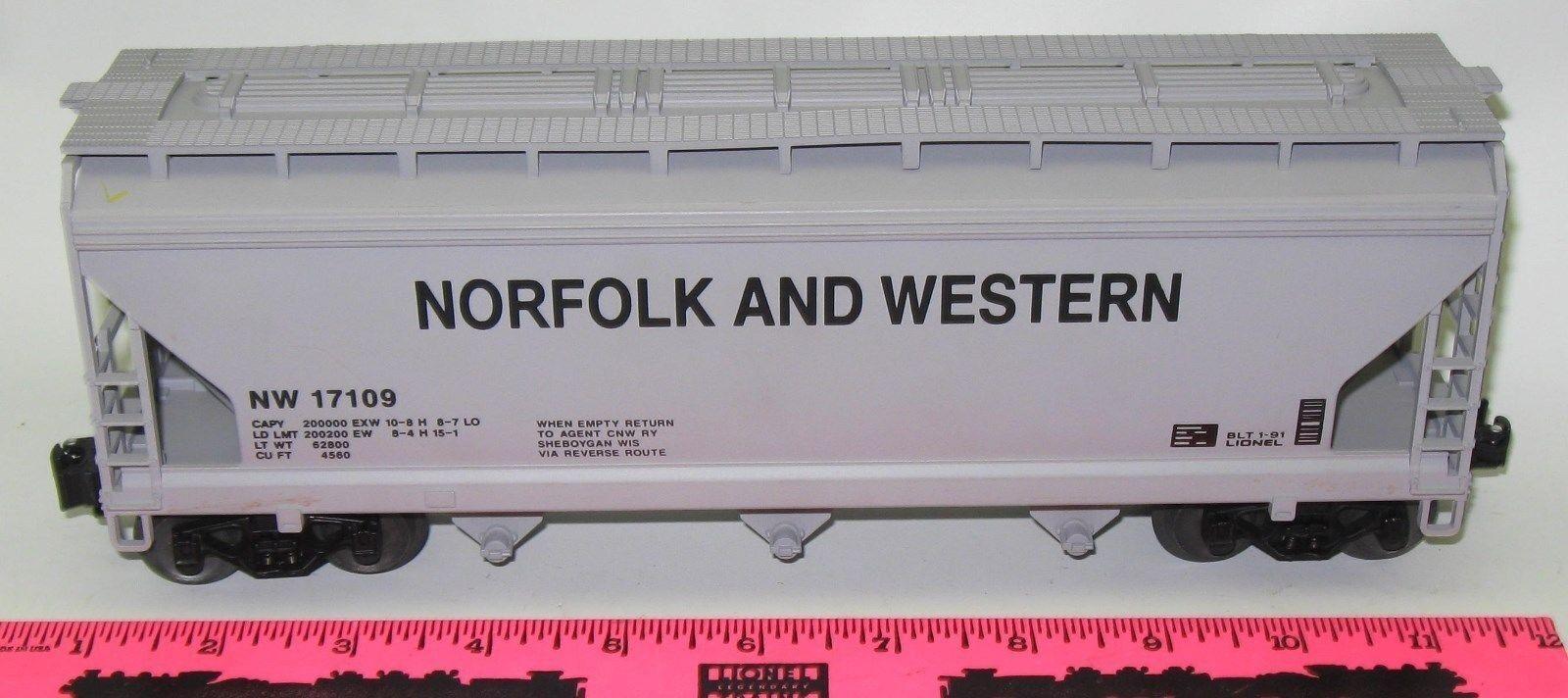 Lionel new 6-17109 Norfolk and Western Three-Bay Hopper