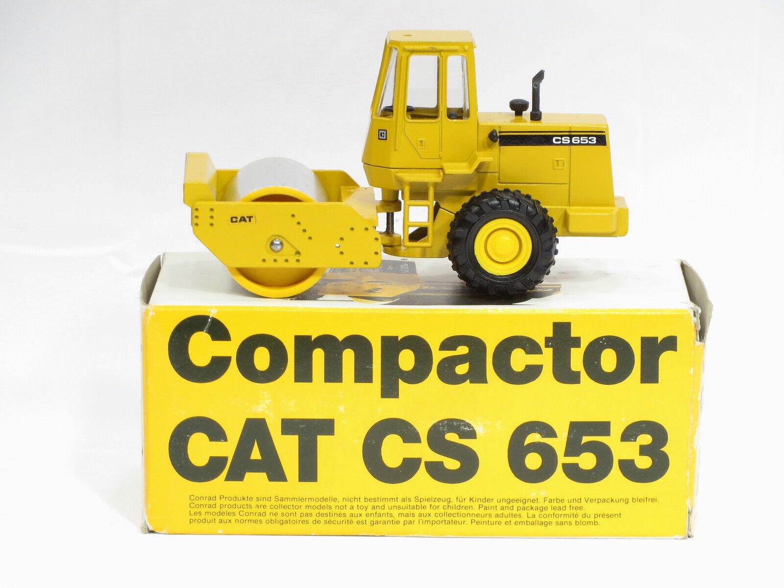 Caterpillar Cs653 Roller-O c - 1 50-Conrad   2889-n.mib