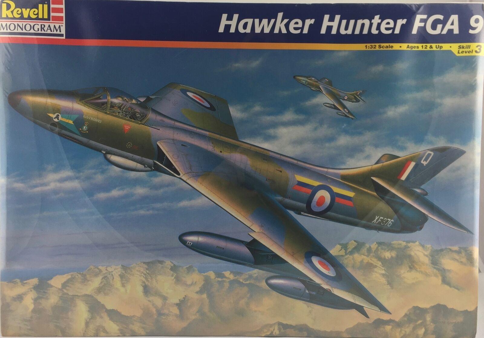Revell Monogram Hawker Hunter FGA 9  Ref 4670 Escala 1 32