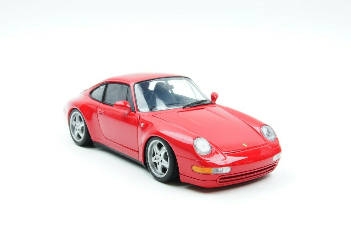 UT Models Porsche 911 (993) Coupe Red 1 18