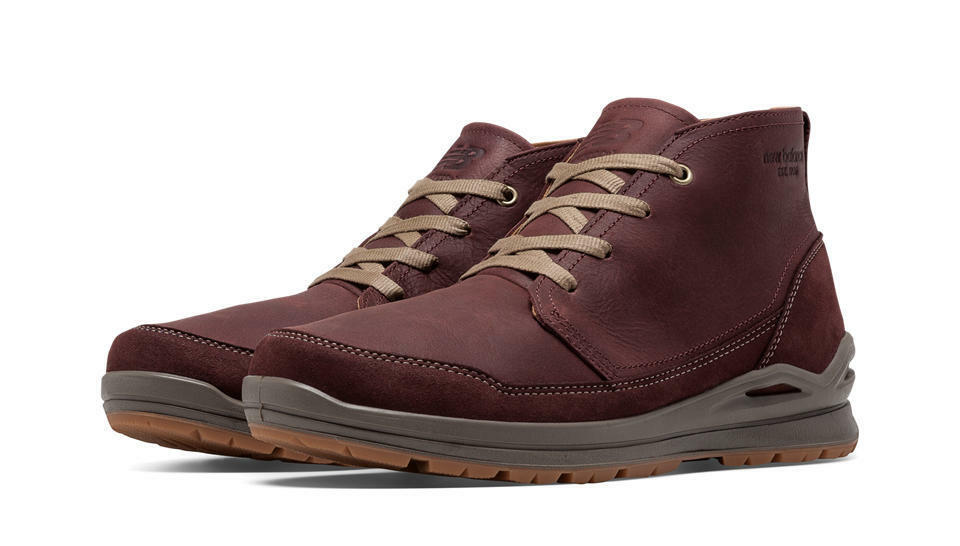 New Balance Mens  Outdoor Chukka 3020 Boots, Bitter Chocolate w  Brindle-BM3020BC  free shipping!