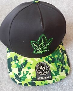 159e7f134fc Toronto Maple Leaf Ice Hockey Snapback NHL Cap BRAND NEW ~ LOOK ~