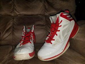 Adidas-Ape-779001-Athletic-Basketball-Cross-Sport-Training-Shoe-11-5-beaters