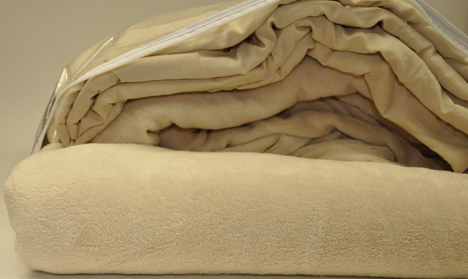 Microfiber Luxury Coral Fleece Bed Sheet Set (Full, Tan)