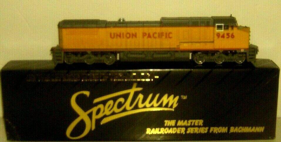 HO DC SPECTRUN UNION PACIFIC  RUNS GREAT   9456