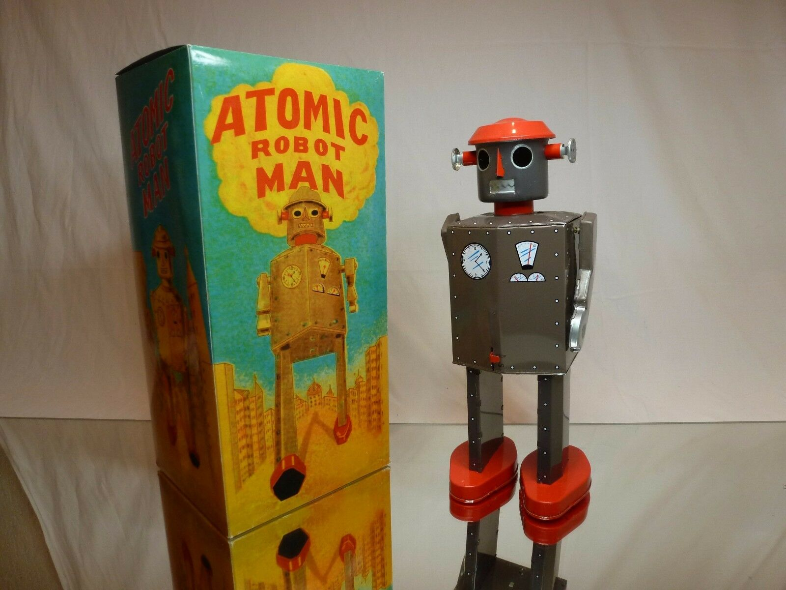 TIN TOY - ATOMIC ROBOT MAN - windup mechanism - GREY H29.0cm -  GOOD IN BOX