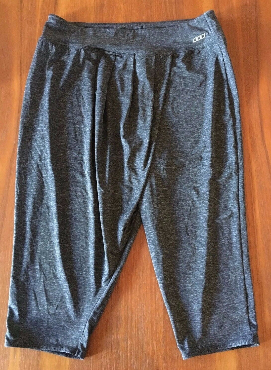 LORNA JANE Dark Grey Marle Drape Pleat Cross Front Loose Knee Length Pants S