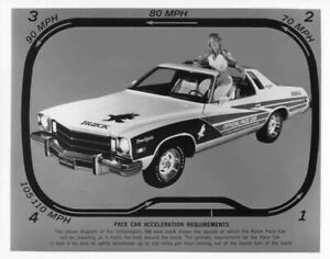Elges /& Cagle 1975 Buick Century Indianapolis 500 Pace Car Press Photo 0032