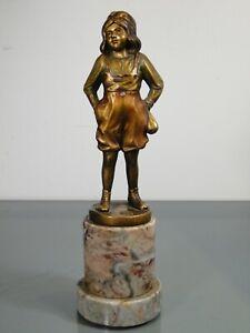 Bronzefigur,B.Grundmann,Mädchen mit Murmelsack,Gebr.Brandel?,Art Deco,um1920