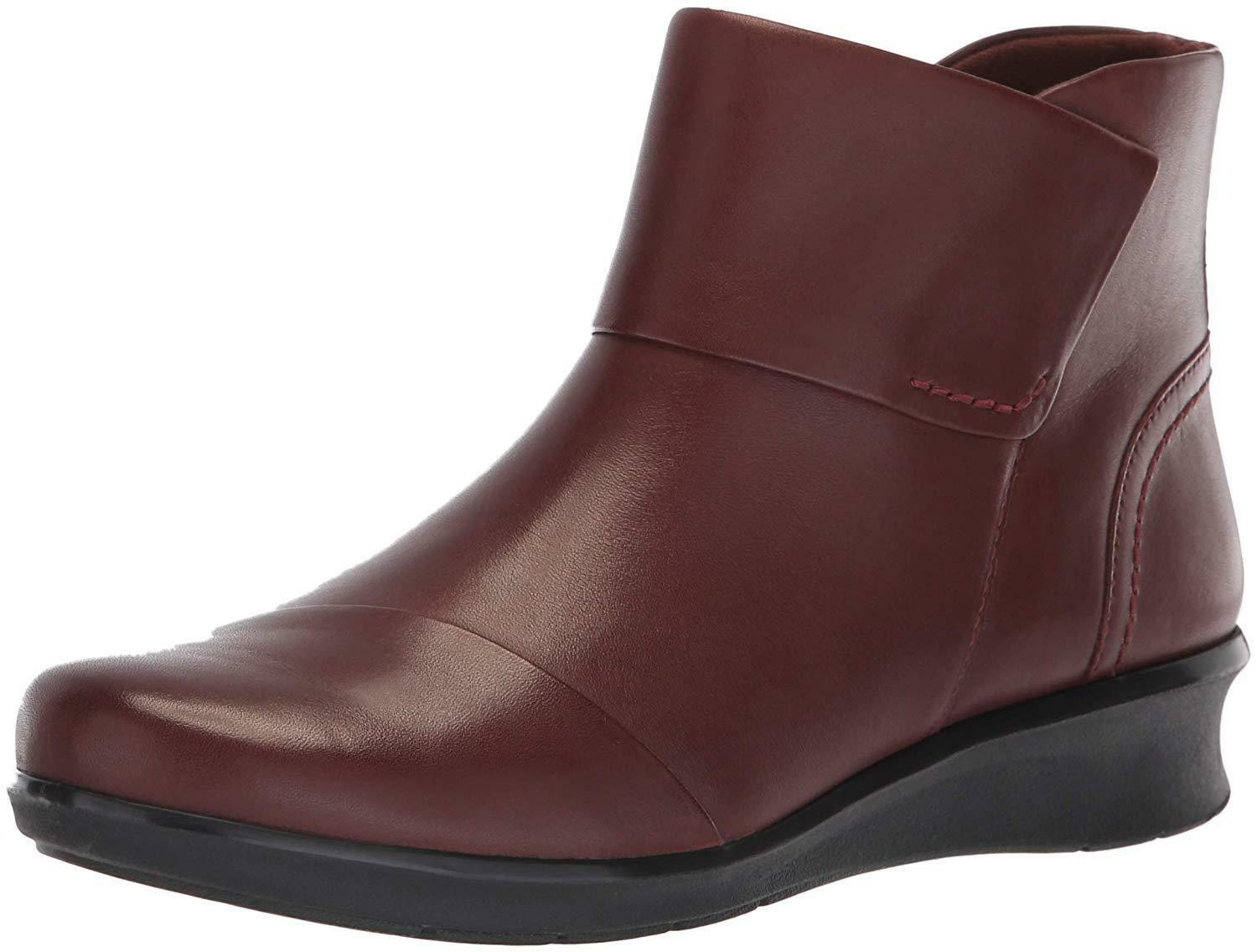 Clarks CLARKS Womens Hope Track Fashion Boot 060US- Pick SZ color.