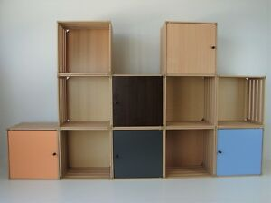 regalsystem aus 12 holzboxen mit 6 t ren holzkisten. Black Bedroom Furniture Sets. Home Design Ideas