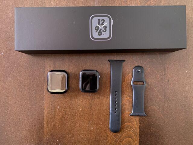 Apple Watch Series 4 GPS 44mm Caja de Aluminio en Gris Espacial y Correa...