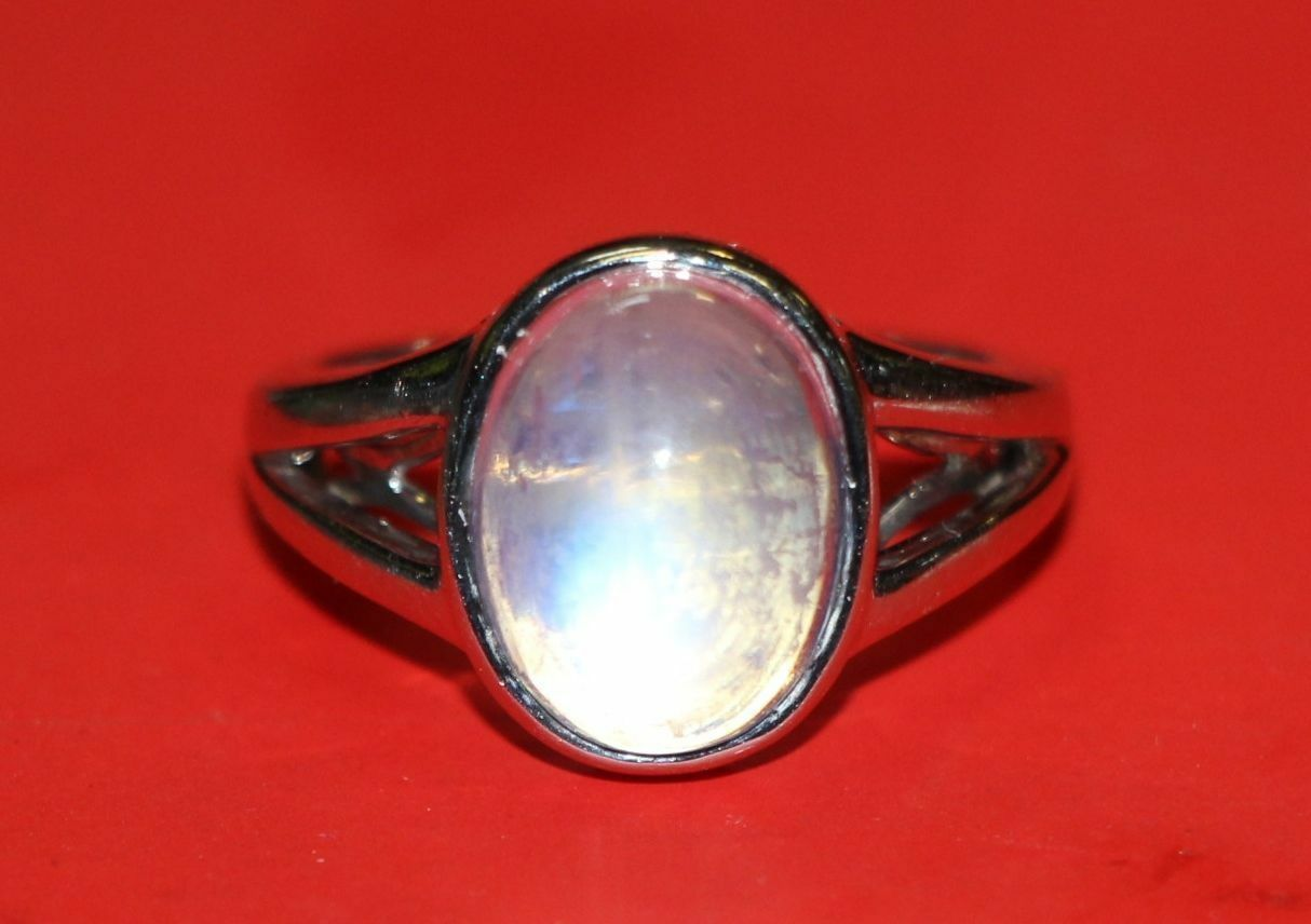 AI8 14K White gold RING clear stone emits blueee hologram size 6.5