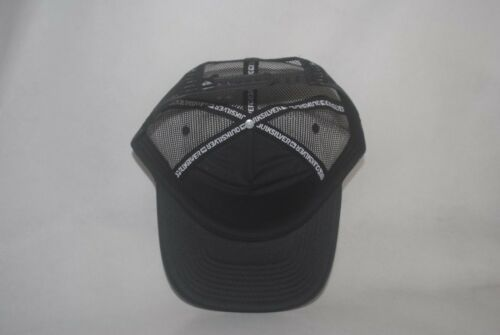 New Quiksilver Youth Boy/'s Mesh Trucker Hat Curved Bill Snapback Adjustable Cap
