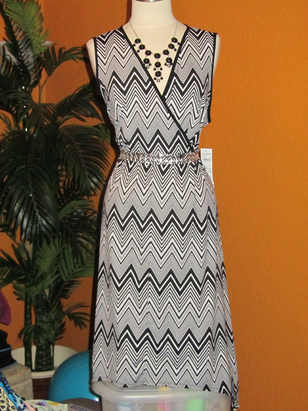 NY COLLECTION NWT  damen dress schwarz Weiß dress stripes disco hi-lo