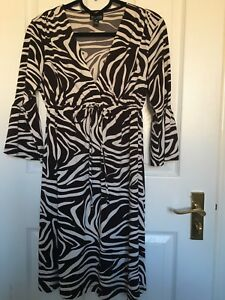 En Focus Studio Animal Print Zebra Dress Usa Size 6 Uk Size 10 Ebay