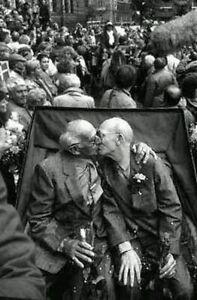 Vintage-Gay-Old-Men-Photo-458-Bizarre-Odd-Strange