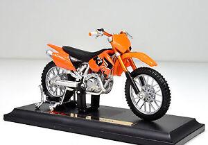 KTM-525-SX-scala-1-18-arancione-Modello-Motocicletta-von-Maisto