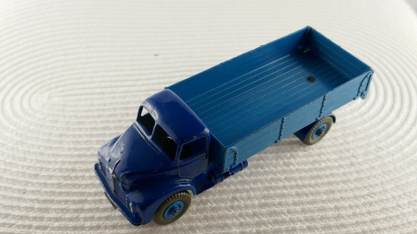 Dinky Toys Leyland Comet Lorry 532 Hinged Tailboard Original from the 1950ties