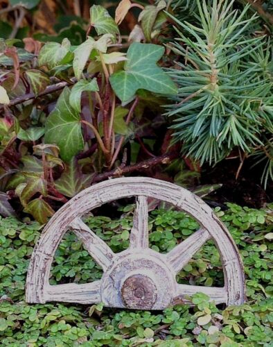 Miniature Dollhouse FAIRY GARDEN ~ WESTERN Half Wagon Wheel Pick ~ NEW