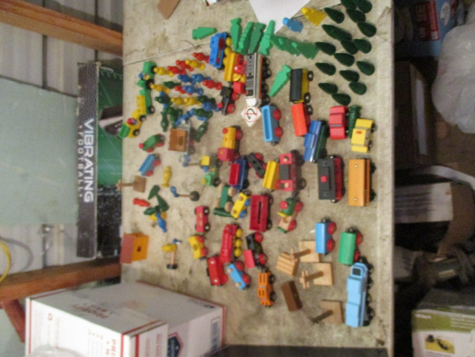 Huge lot of wooden and few plastic play trains trains trains & trees  90 + pieces dfac6b